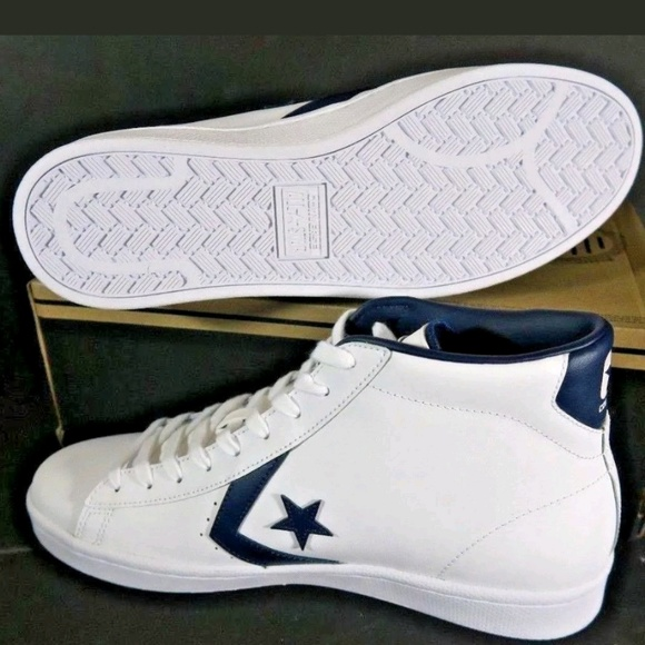 size 7 50% off lowest price NEW Mens Converse Pro Leather Mid White Navy Blue